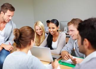 Estudiantes maestros y profesores